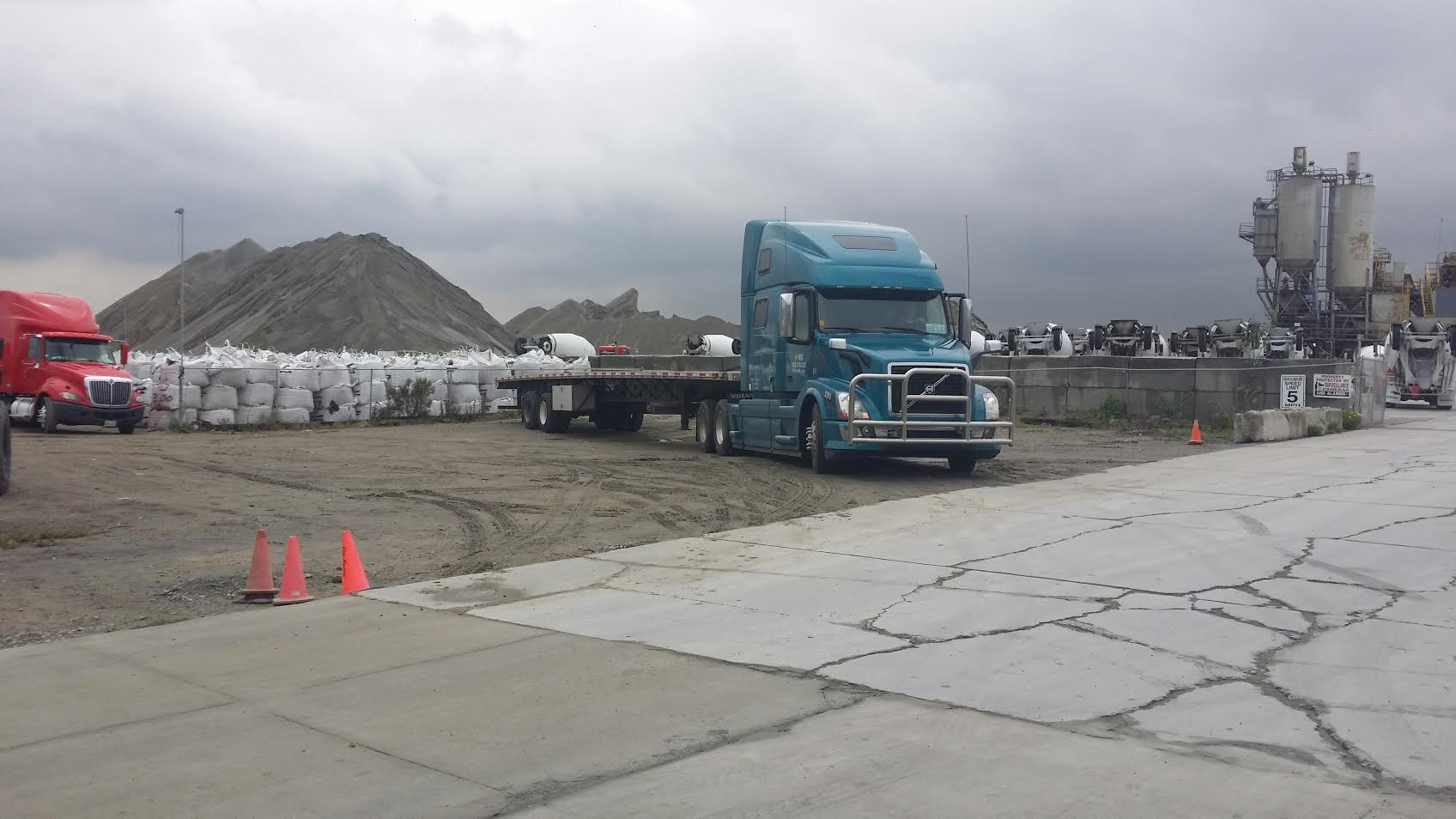 Dallas River Rock San Antonio Houston Beach Pebble Truckloads